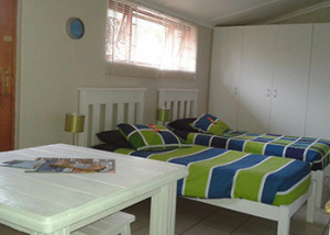 Apartment Located In Jeffreys Bay And Offers Comfortable Accommodation For A Family Vacation Or To Surf The Perfect Waves That This Area Has Offer